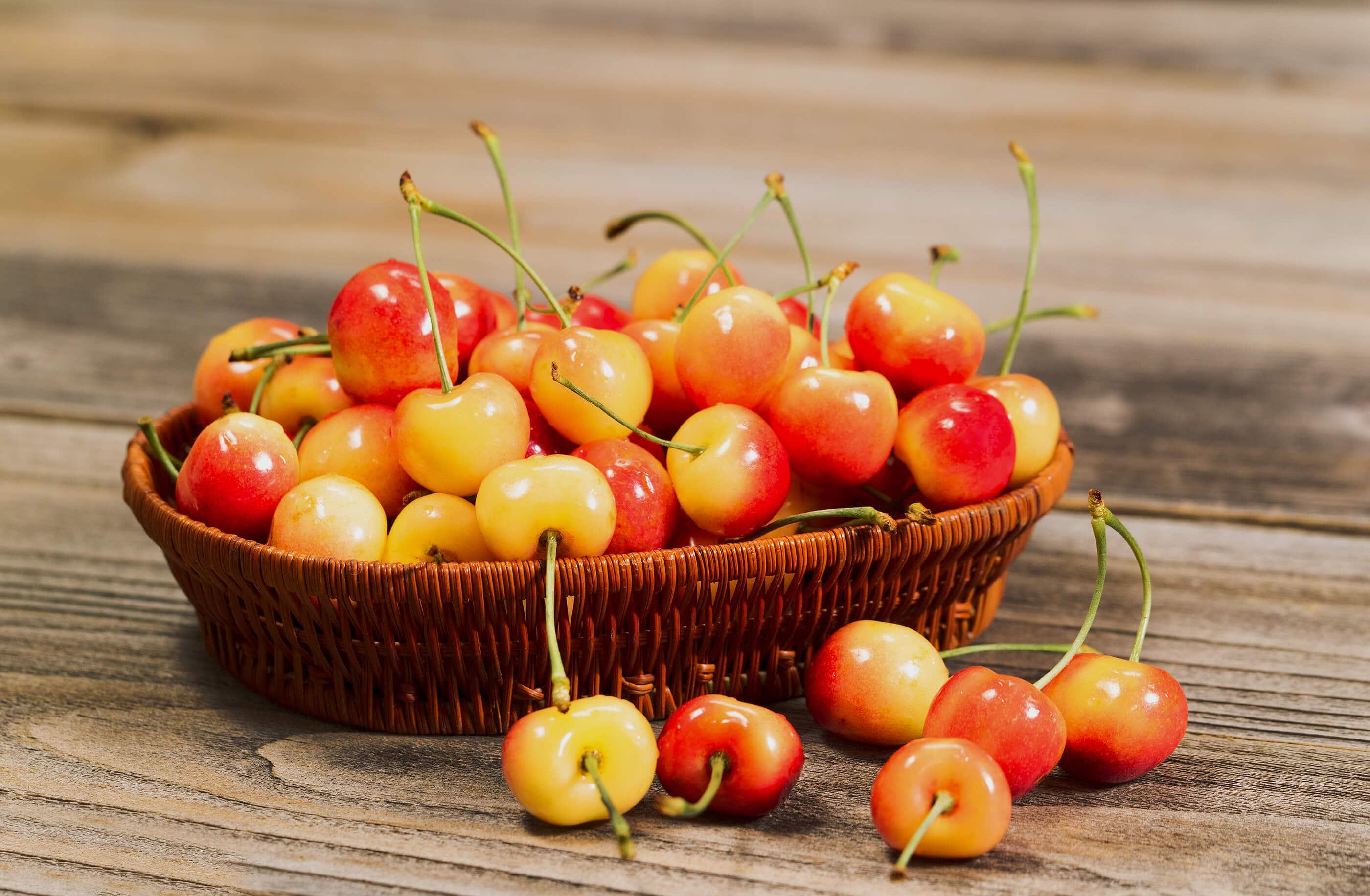 Golden-Rainier-Cherries nhập khẩu từ Mỹ