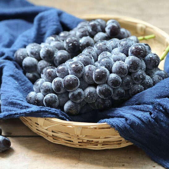 Nho tieu Muru Han Quoc - vinfruits.com 5
