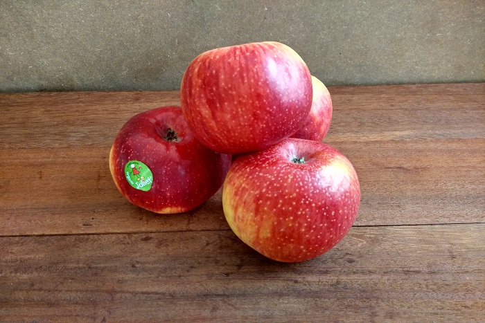 Juliet Organic Apple - Vinfruits.com