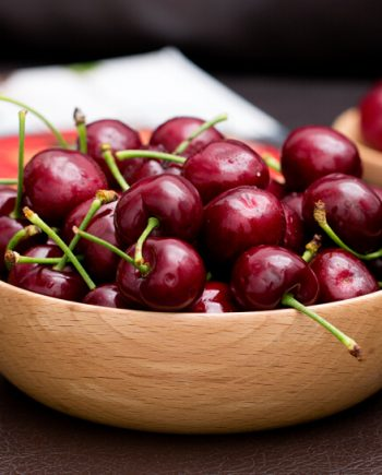 Cherry đỏ Canada - vinfruits.com 2