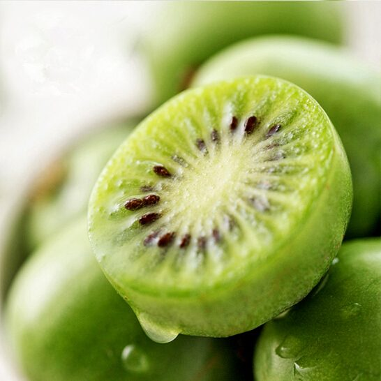 Kiwi berry NZ - vinfruits.com 2