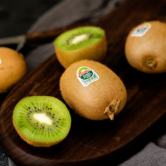 Kiwi xanh New Zealand - vinfruits.com 2