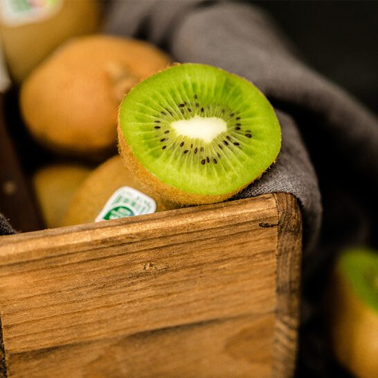 Kiwi xanh New Zealand - vinfruits.com 3