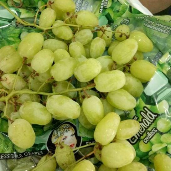 Nho xanh Emerald mỹ nhập khẩu - Vinfruits.com