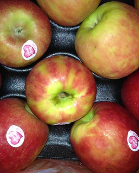 Táo Pink Lady Nam Phi - Vinfruits.com