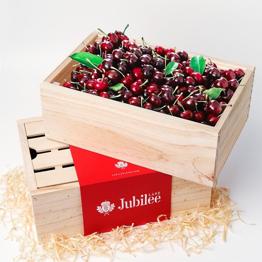 Hộp cherry đỏ