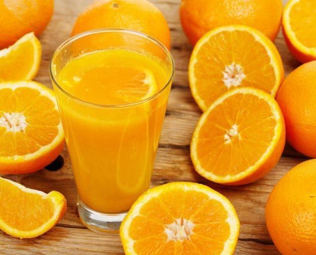 Cách pha một ly nước cam mát lạnh
