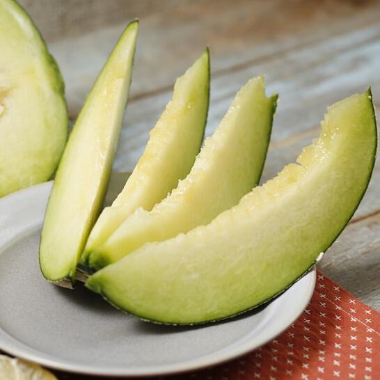 Dua luoi giong Nhat - vinfruits.com 5