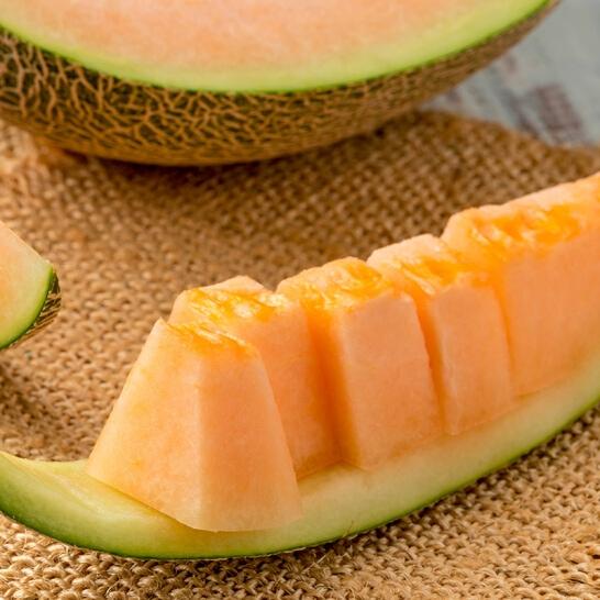 Dua luoi ruot do - vinfruits.com 2