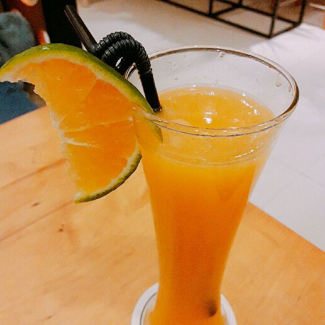 Nước cam rất tốt cho sức khỏe - Vinfruits